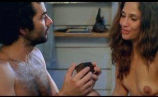 Camila Pitanga Atriz famosa nua em cenas de sexo